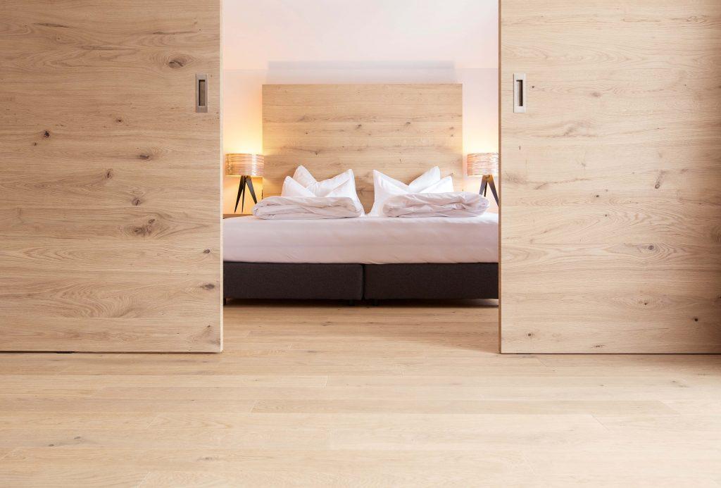 Best of Folder_ELEMENTs_Hotel Graseck - Eiche weiss